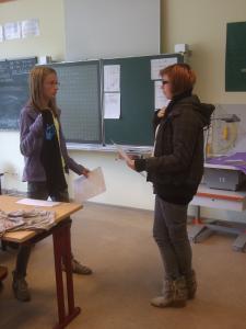 Schülerinnen im Französischunterricht